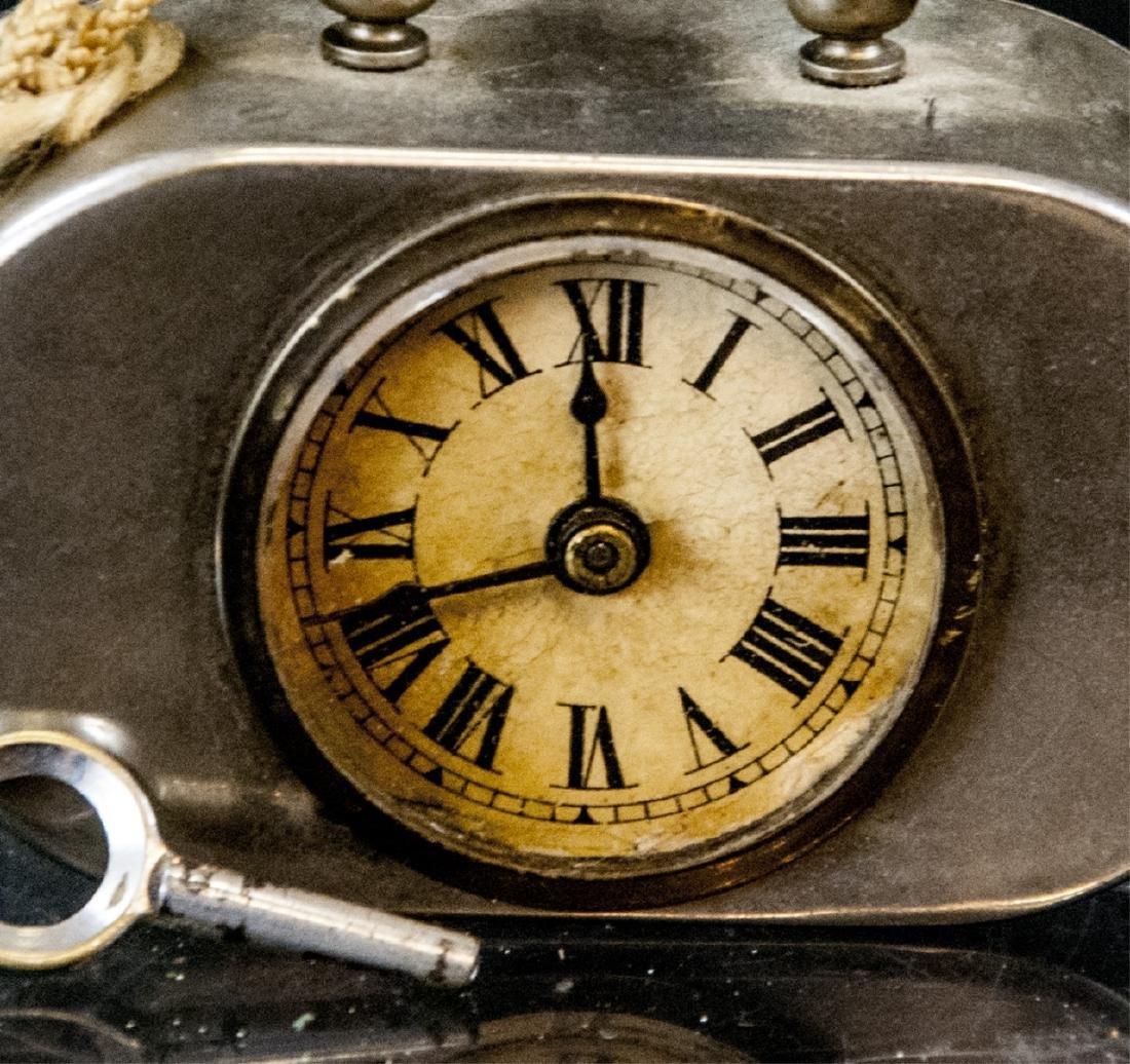 Antique Miniature Art Deco Clock w Original Key - 2