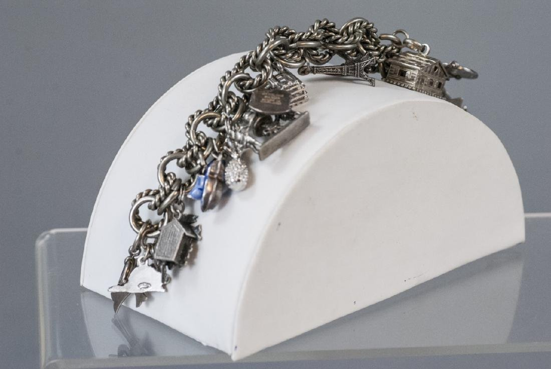 Vintage Sterling Silver Charm Bracelet w Charms - 8