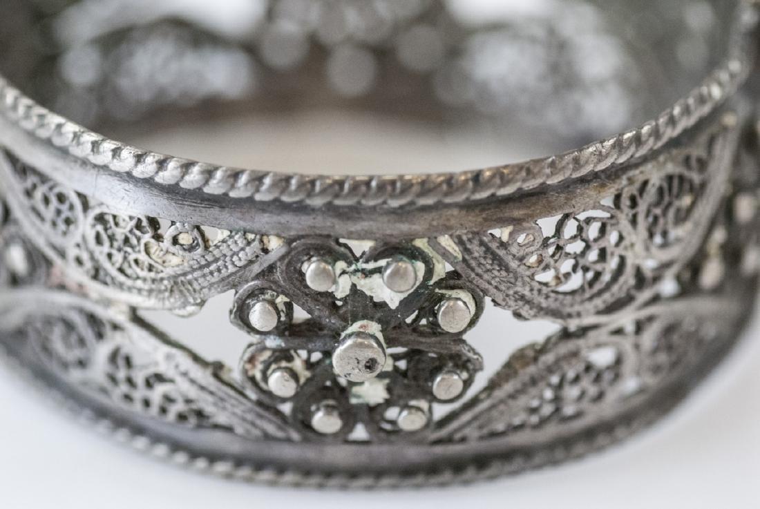 Vintage Silver Filigree Hinged Bangle Bracelet - 3