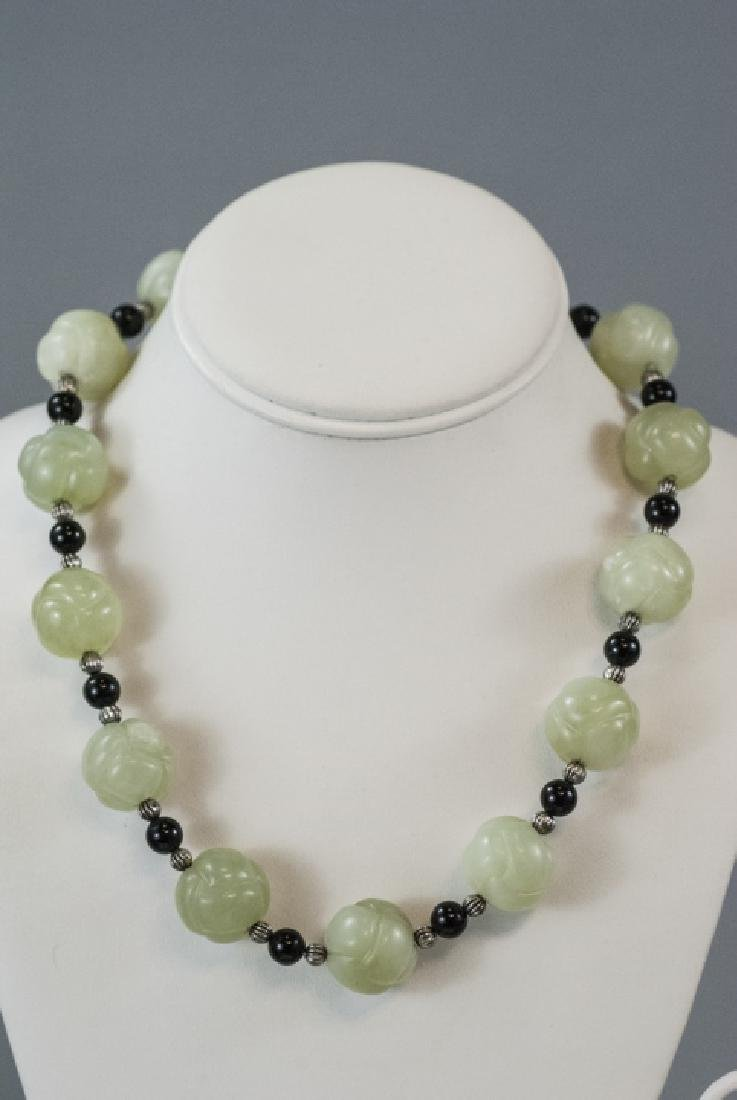 Chinese Necklace & Earrings w Jade & Onyx Beads - 3