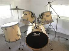 Pearl 8 Piece Ivory Drum Set