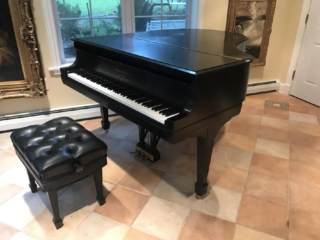 Steinway & Sons Baby Grand Piano Model M - 3