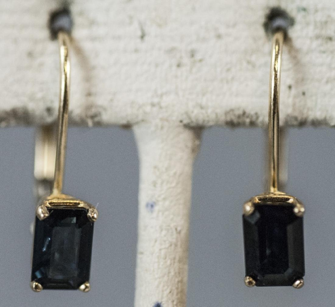 Vintage 14kt Yellow Gold & Sapphire Earrings