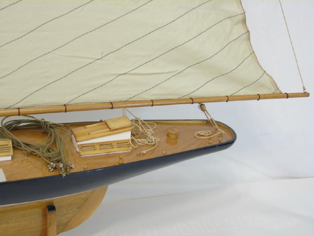 Brand New Navy Blue Model Mahogany Yacht w Sails - 2