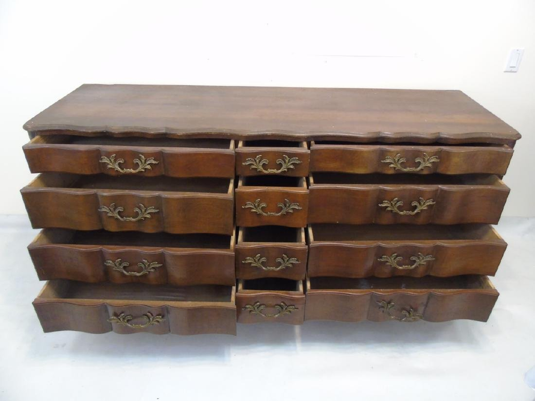 Very Large Rustic Condition Dresser 12 Drawers - 5