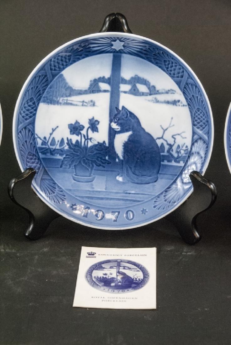 Kongeligt Porcelain Collectible Plates 69,70,71 - 3