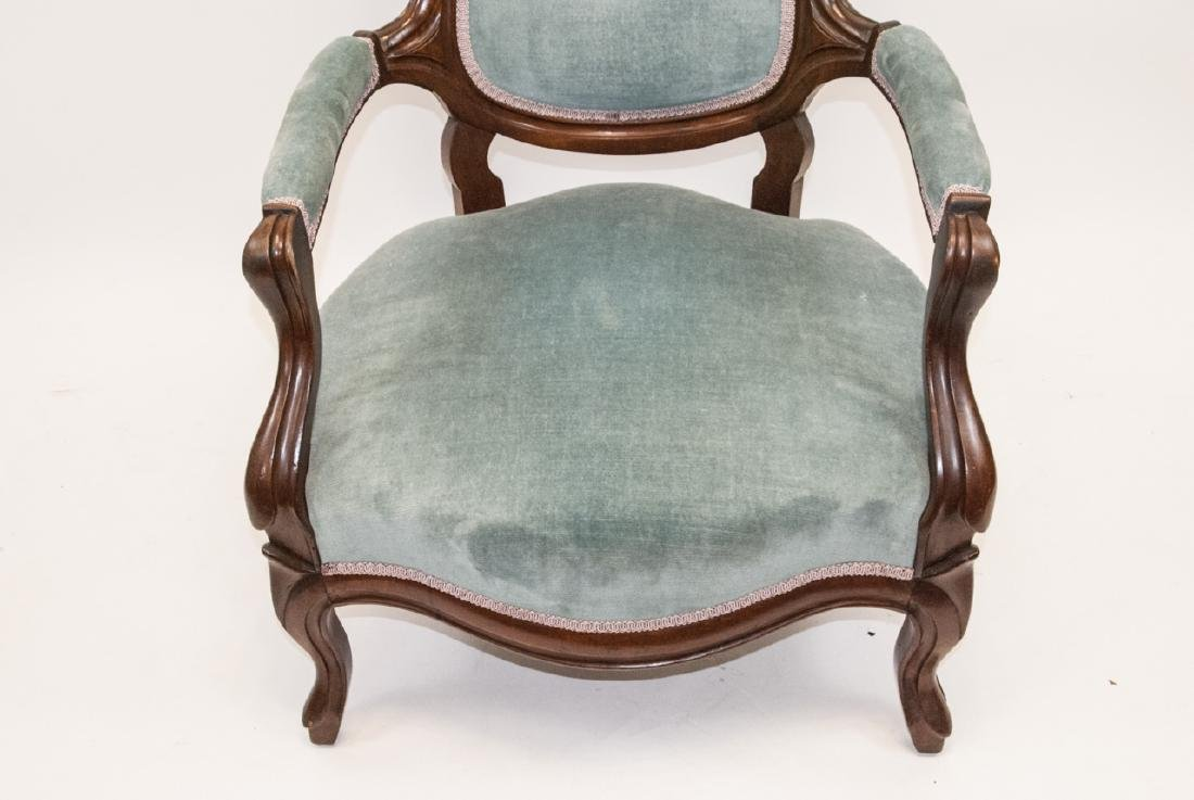 Antique Victorian Mahogany Arm Chair Carved Detail - 4
