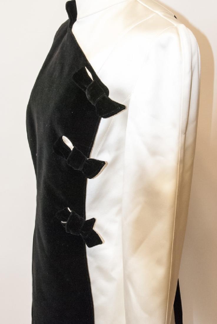 Thierry Muglar Vintage Velvet Blk/ White Pant Suit - 4
