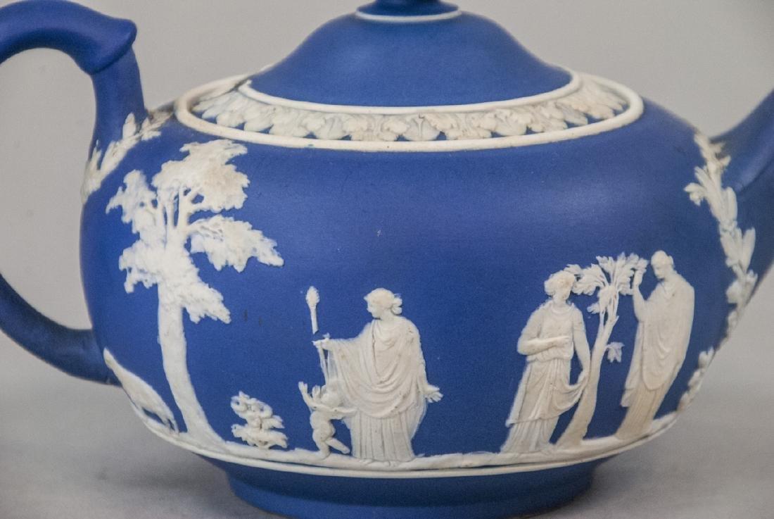Antique 19th C Wedgwood Japerware Roman Teapot - 2