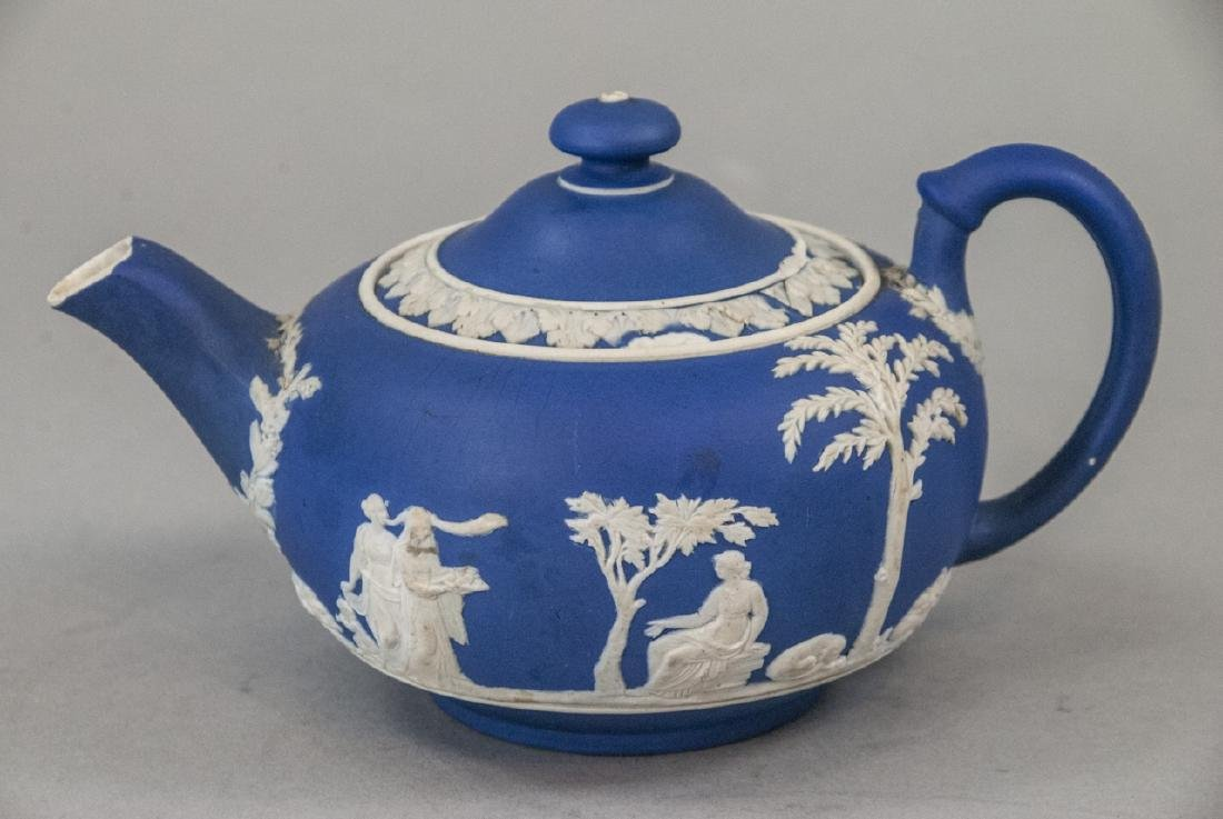 Antique 19th C Wedgwood Japerware Roman Teapot - 3