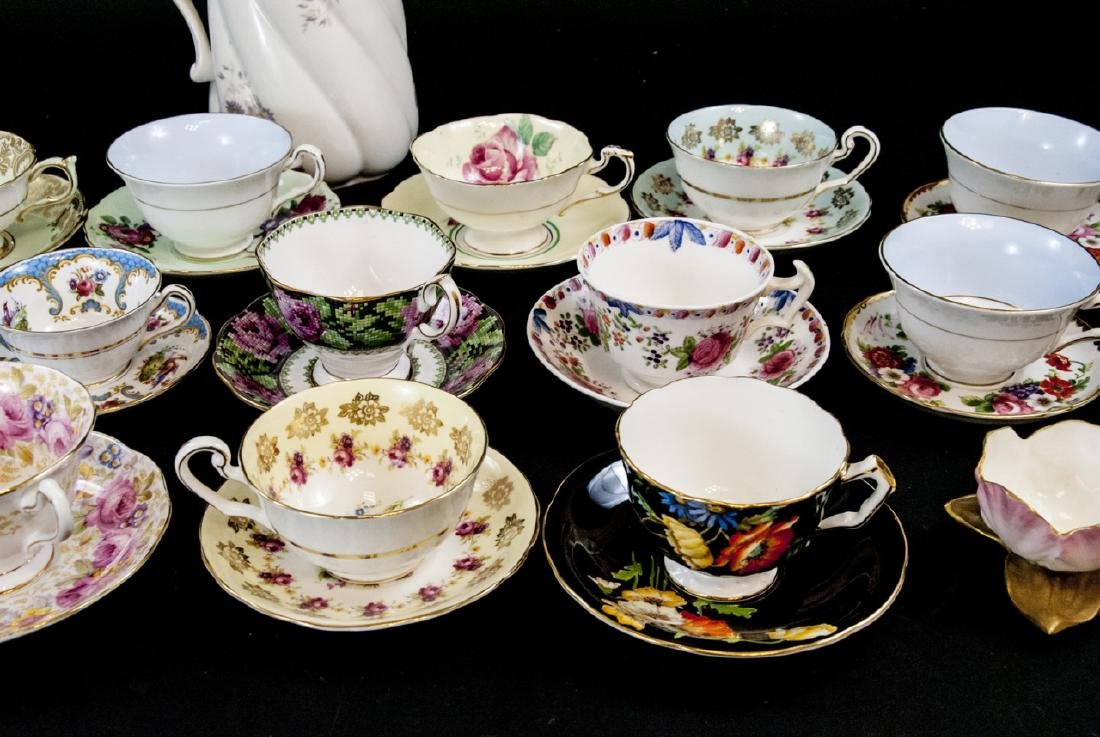 Collection Antique Tea Cups & Saucers Incl Limoges - 2