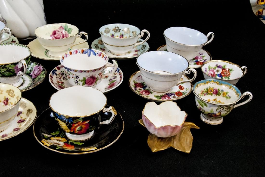 Collection Antique Tea Cups & Saucers Incl Limoges - 3