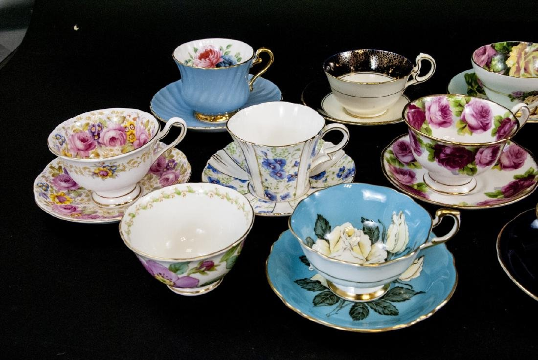 Collection Antique English Tea Cups & Saucers - 5