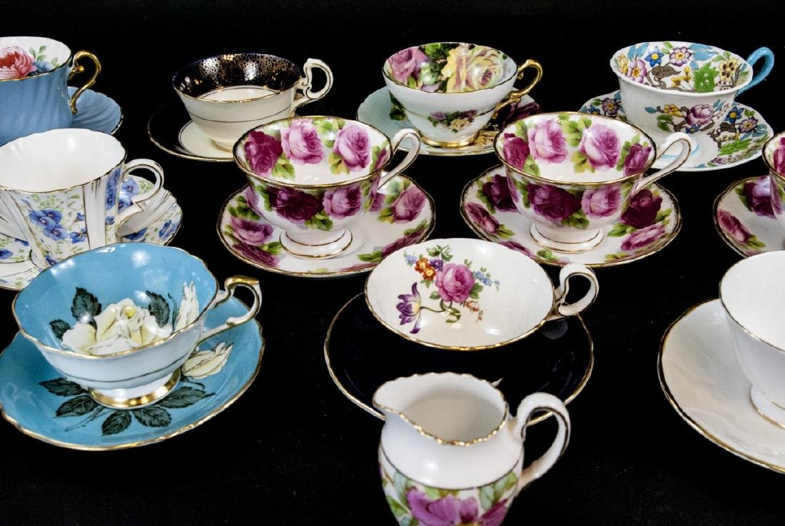 Collection Antique English Tea Cups & Saucers - 6