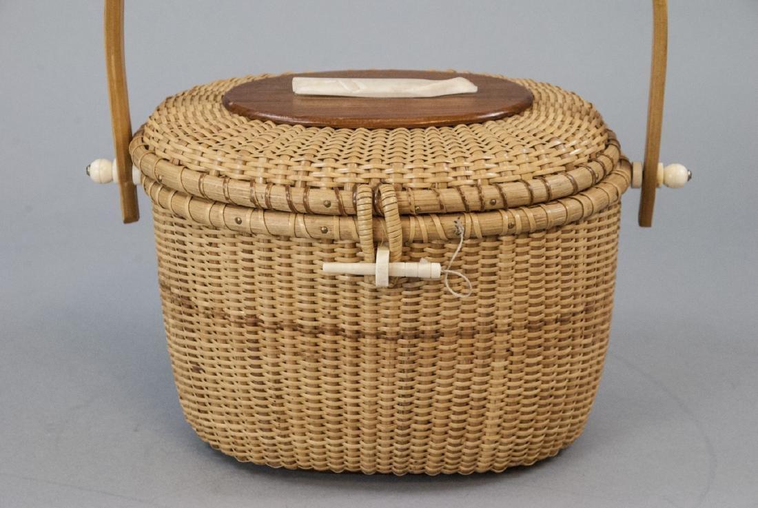 Vintage Nantucket Basket Handbag Carved Whale - 3