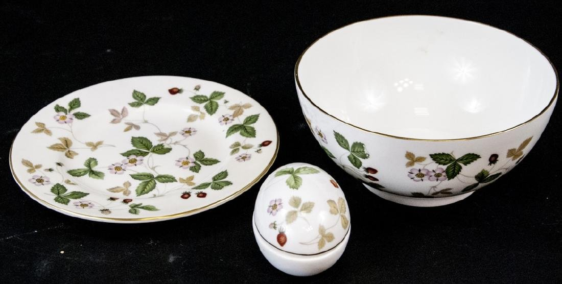 Vintage Wegwood Wild Strawberry Porcelain Objects