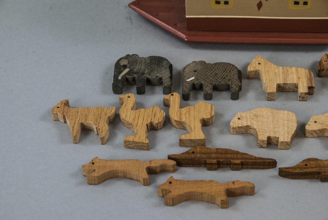 American Folk Art Handmade Noah's Ark w Animals - 2