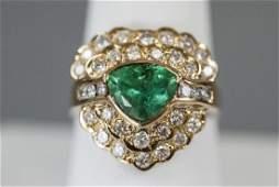 Estate 18kt Yellow Gold Emerald  Diamond Ring