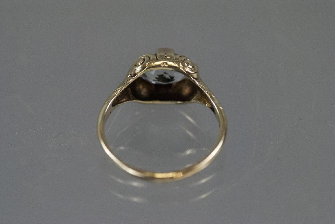 Estate 14kt Yellow Gold & Topaz Solitaire Ring - 9