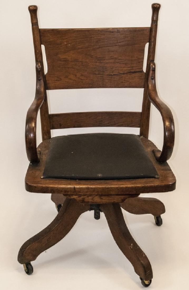 Arts and Crafts Period Oak Swivel Desk Chair