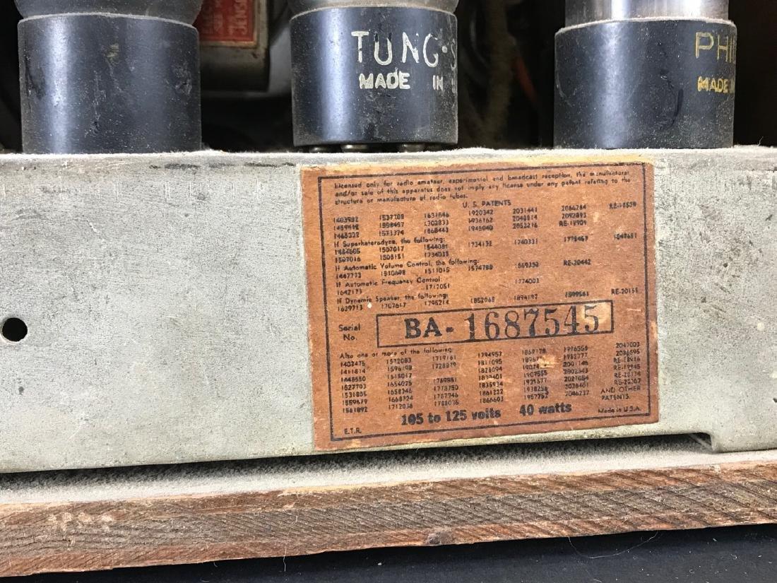 Vintage Emerson Wooden Tube Radio - 5