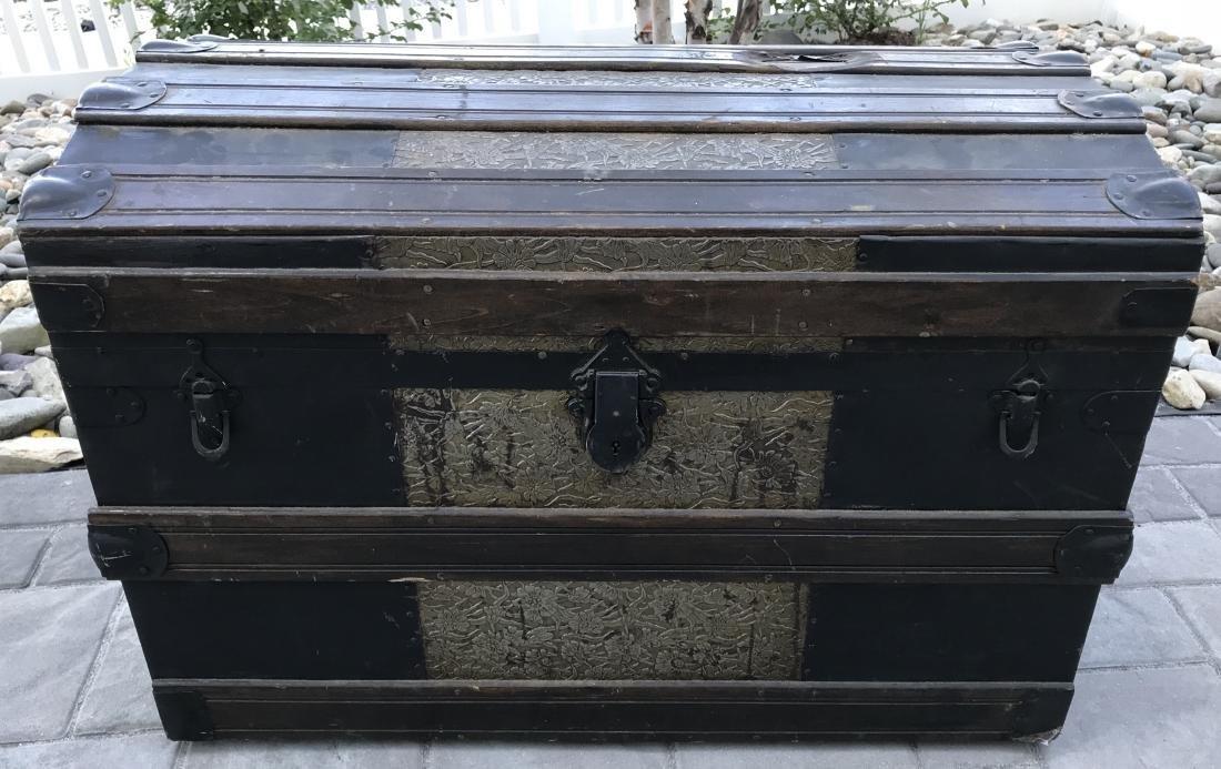 Antique PT Dugan & Co Hammered Metal Steamer Trunk - 2