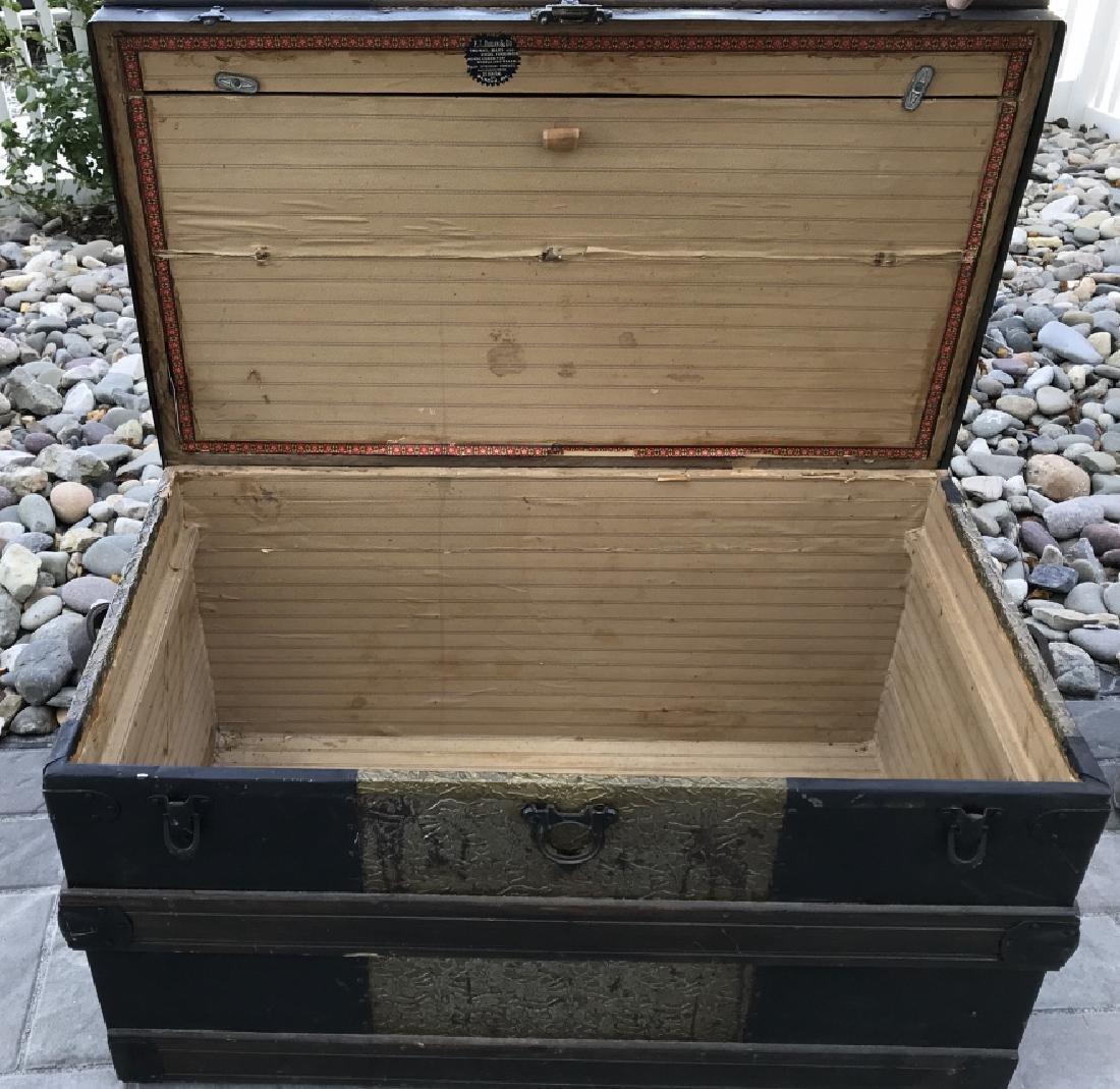 Antique PT Dugan & Co Hammered Metal Steamer Trunk - 4