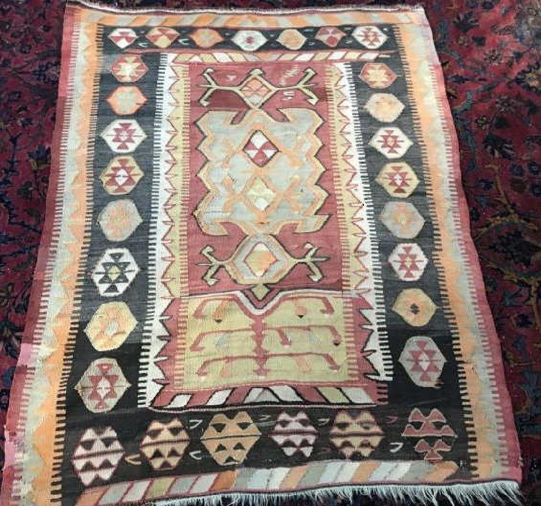 Vintage Kilim Style Woven Throw Rug / Carpet