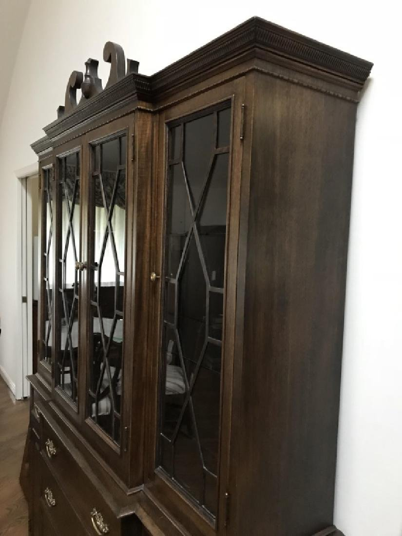 English Chippendale Style Breakfront Cabinet - 2