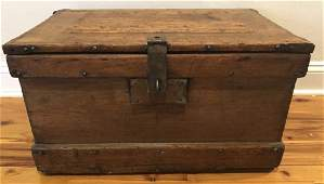 Antique Pine Compartmentalized Tool Chest