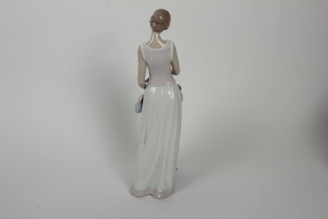 Lladro Spanish Porcelain Mother + Daughter #6771 - 5