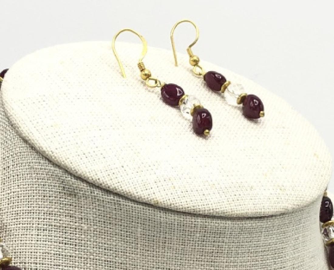 Estate 22kt Yellow Gold Garnet Crystal Earrings - 2