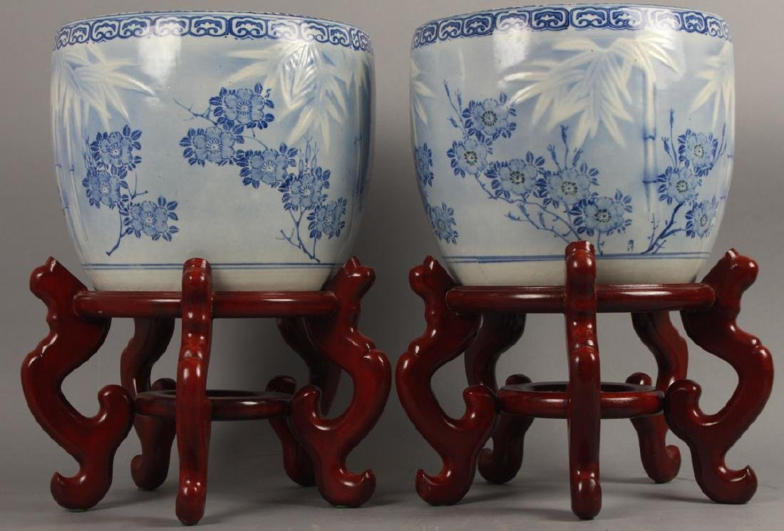 2 Asian Blue White Porcelain Fish Bowl Planter