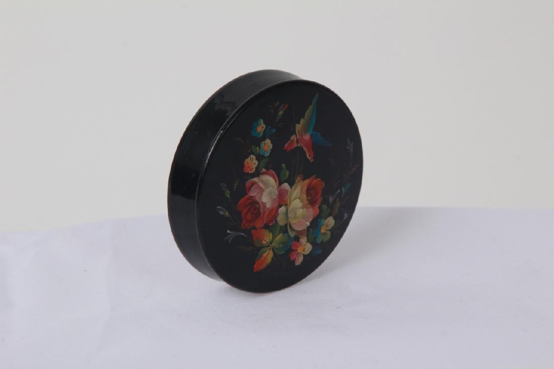 Hand Painted Russian Lacquer Snuff or Pill Box - 2