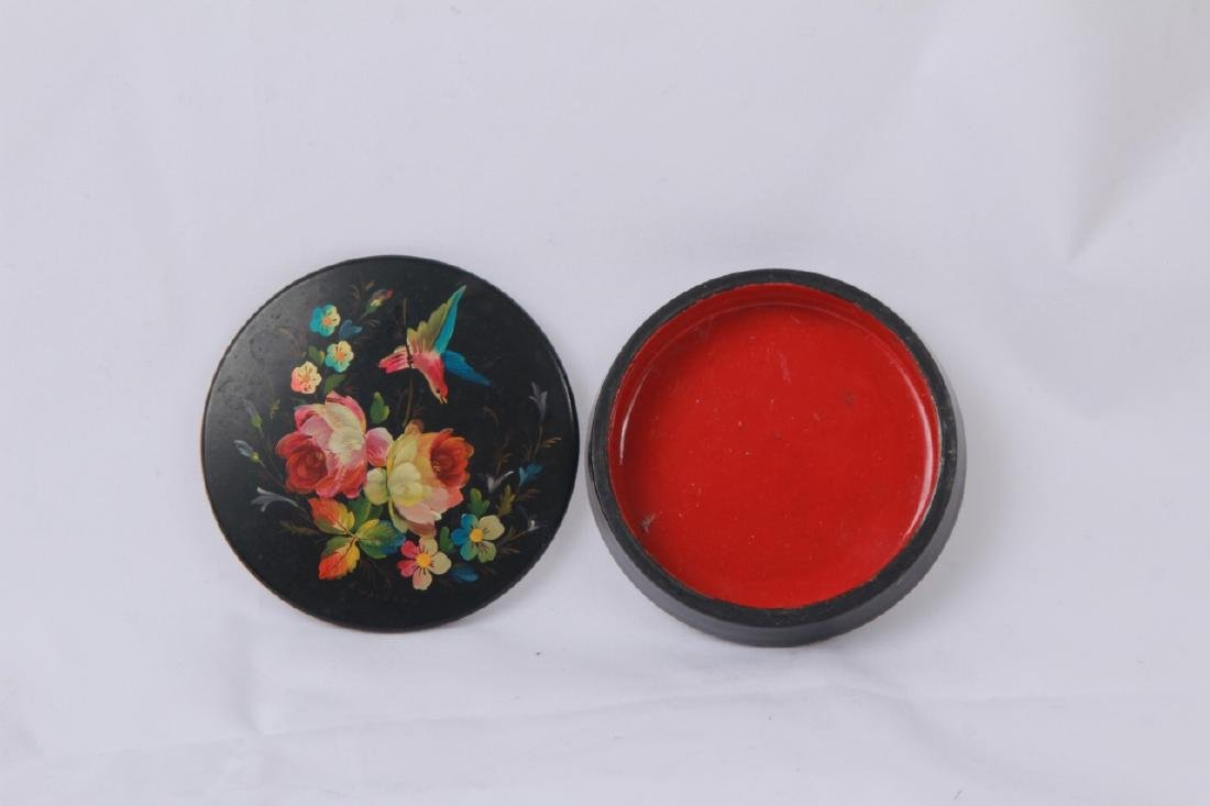 Hand Painted Russian Lacquer Snuff or Pill Box - 5