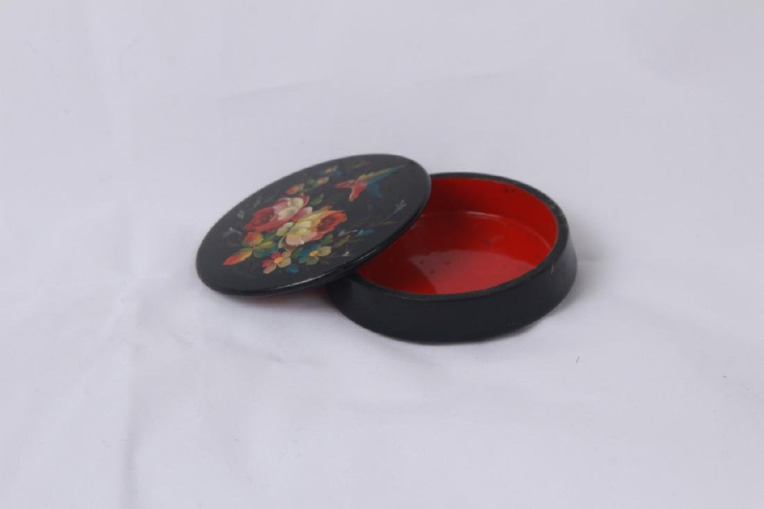 Hand Painted Russian Lacquer Snuff or Pill Box - 6