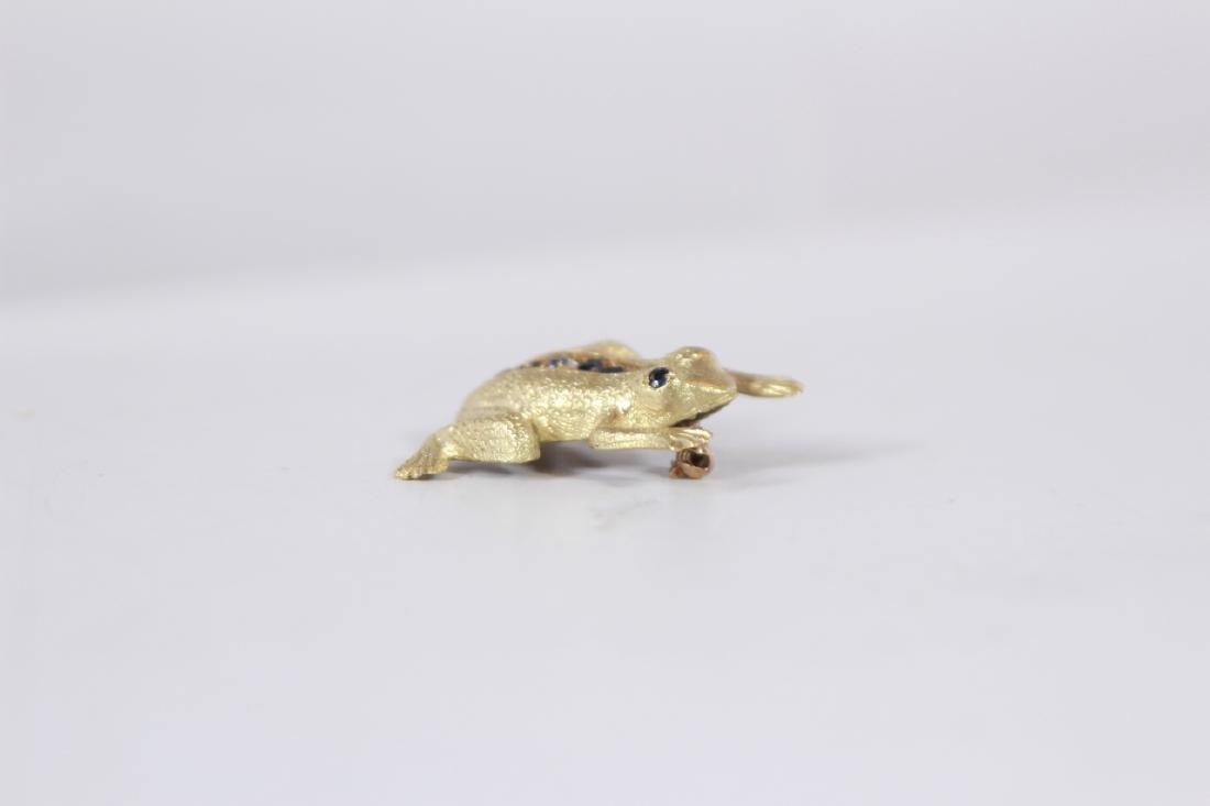 Estate 14kt Yellow Gold Diamond Sapphire Frog Pin - 3