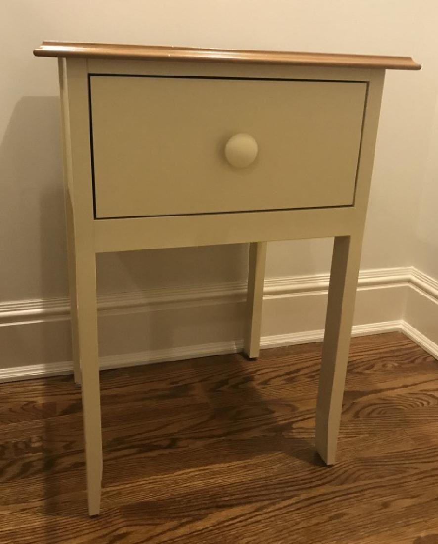 Contemporary Maine Cottage Nightstand w Drawer
