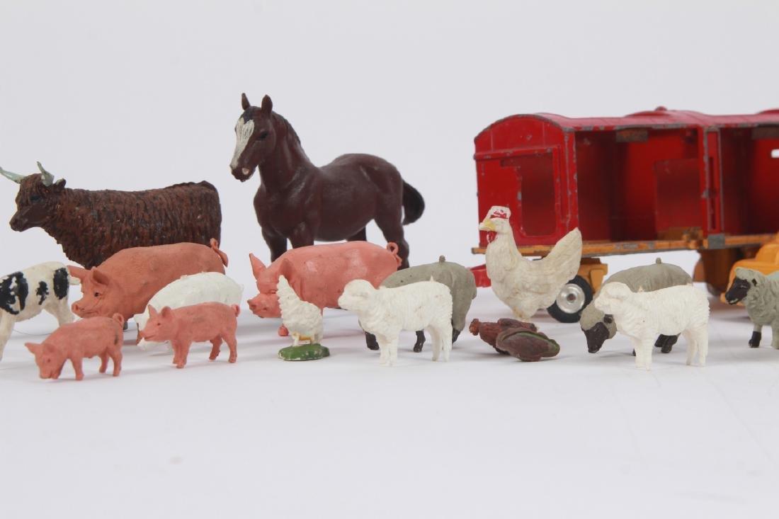 Antique Vintage Toys Britains Figures & Tootsietoy - 4