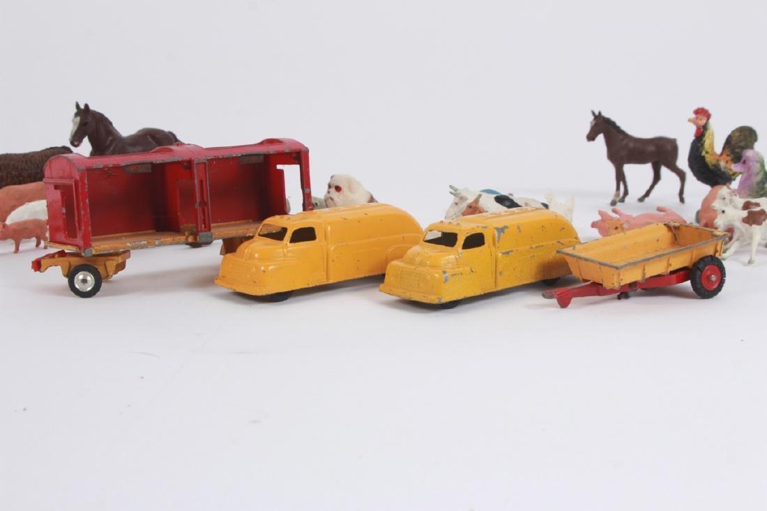 Antique Vintage Toys Britains Figures & Tootsietoy - 9
