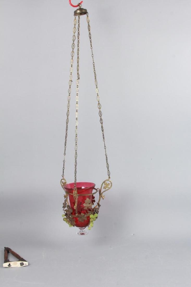 Ormolu Metal & Grape Motif Wall Lantern Sconce - 3