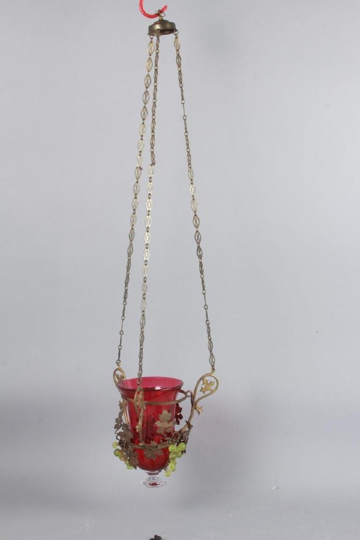 Ormolu Metal & Grape Motif Wall Lantern Sconce - 4