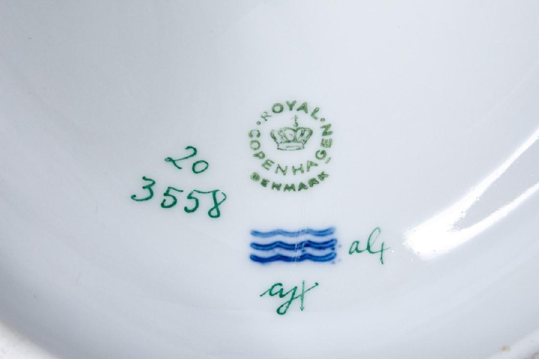 Royal Copenhagen Flora Danica Porcelain Tureen - 4