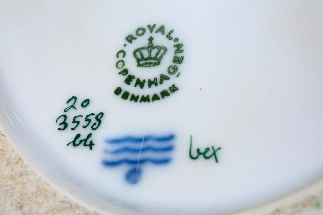 Royal Copenhagen Flora Danica Porcelain Tureen - 6