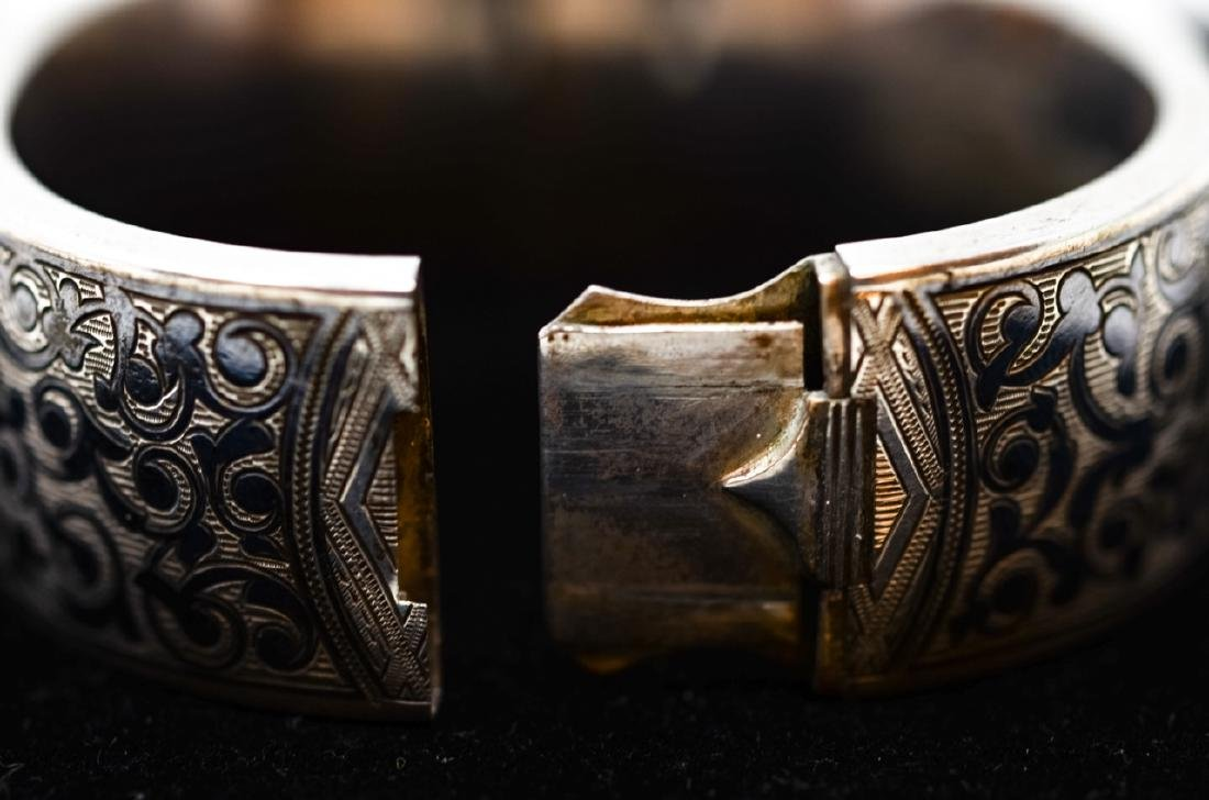 Antique Russian Niello Silver Bangle Bracelet - 3