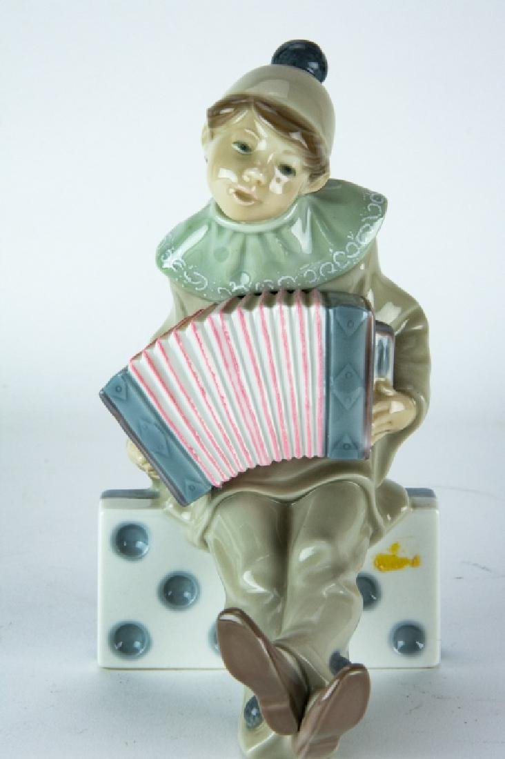Lladro Porcelain Clown on Domino Figurine