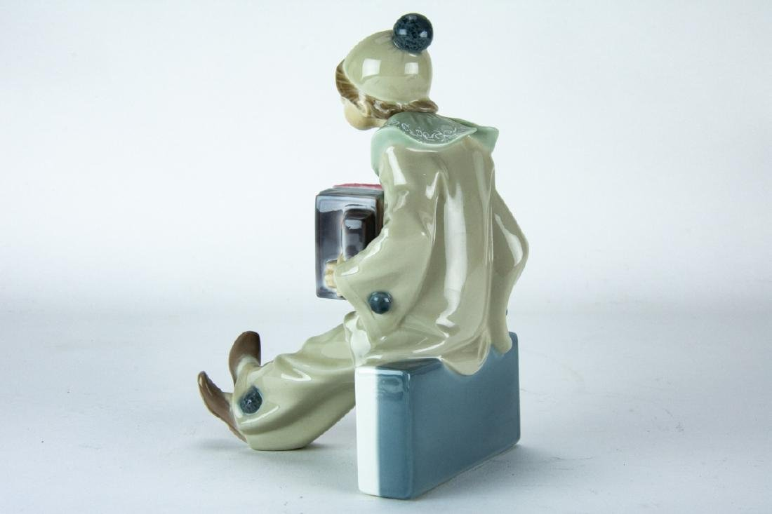 Lladro Porcelain Clown on Domino Figurine - 5