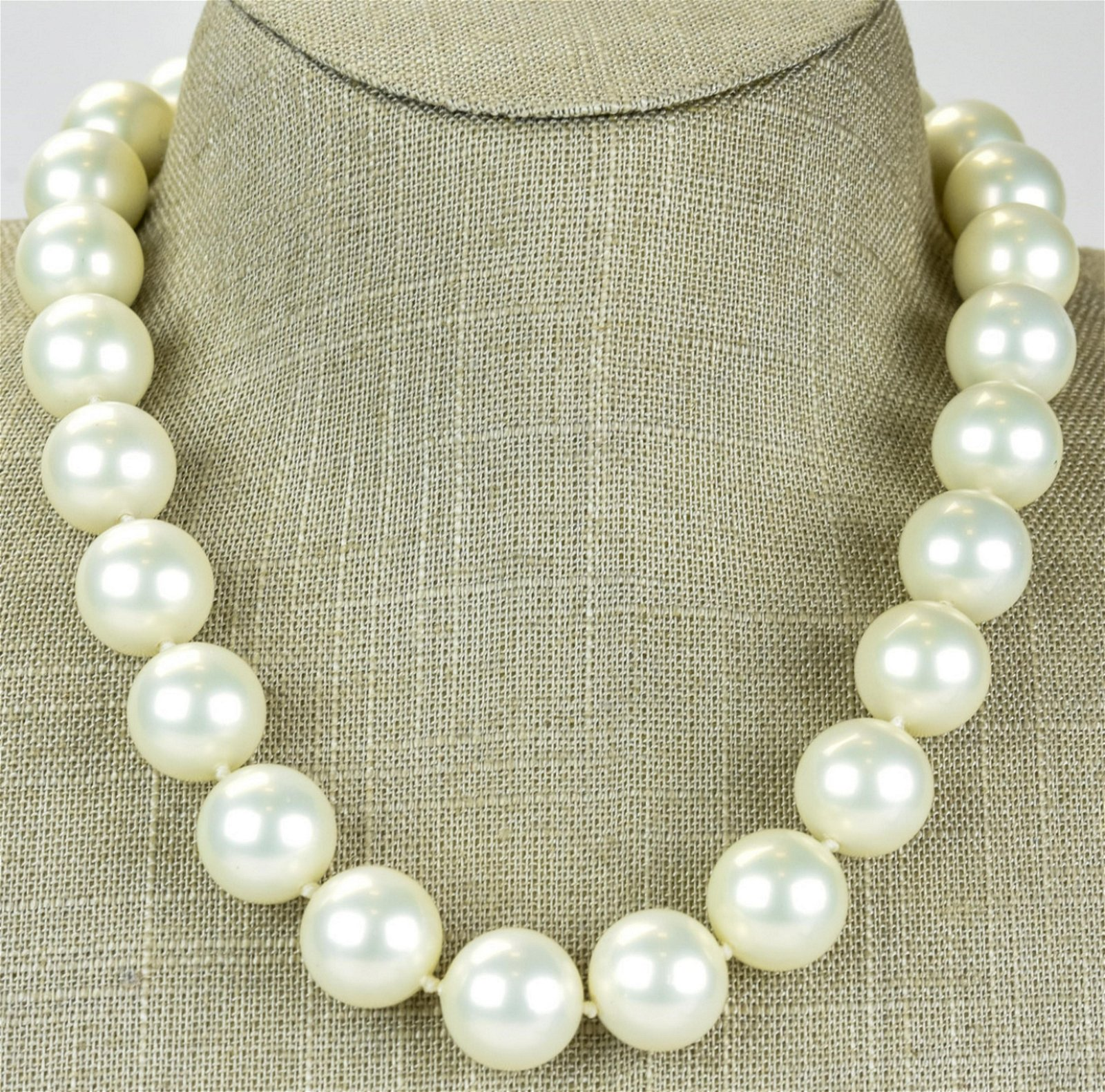 Masami Mother of Pearl Shell & 14kt Gold Necklace