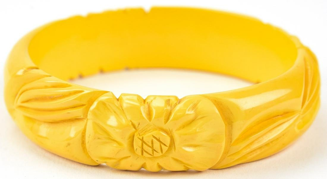 Vintage Carved Bakelite Bangle Bracelet