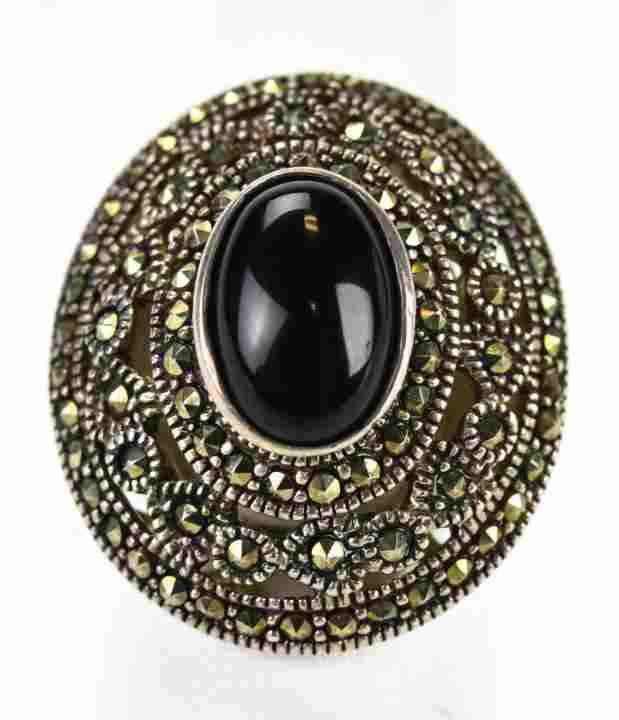 Vintage Sterling Silver Onyx & Marcasite Ring